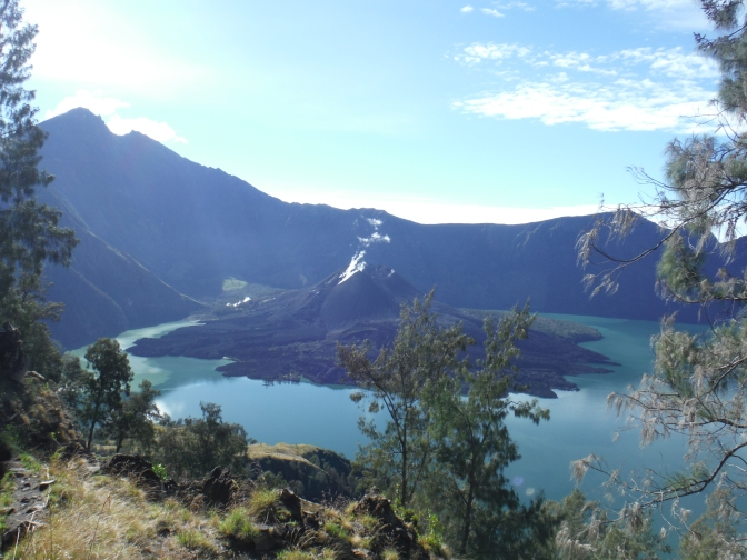 The Perilous Summit of Mount Rinjani – Part 1